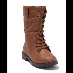 Wanted Combat Boots